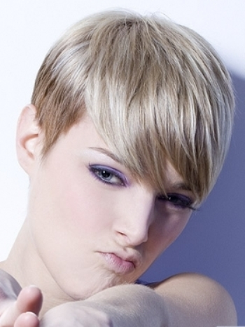 Funky pixie hairstyles03