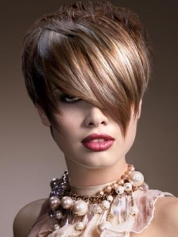 Layered hairstyles of this season
