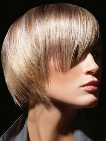 Straight layered hairstyles 01