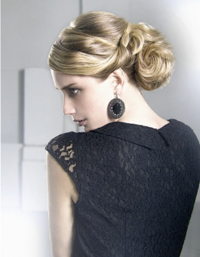 Updo-Hairstyles-Trends-2015