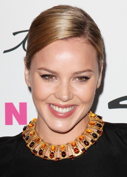 Abbie Cornish hairstyle