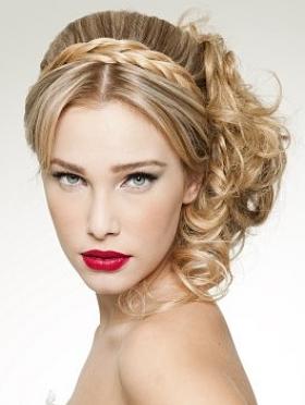 Wedding hairstyle blonde