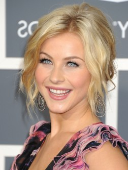 Julianne Hough updo hair