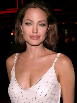 angelina jolie hair 05