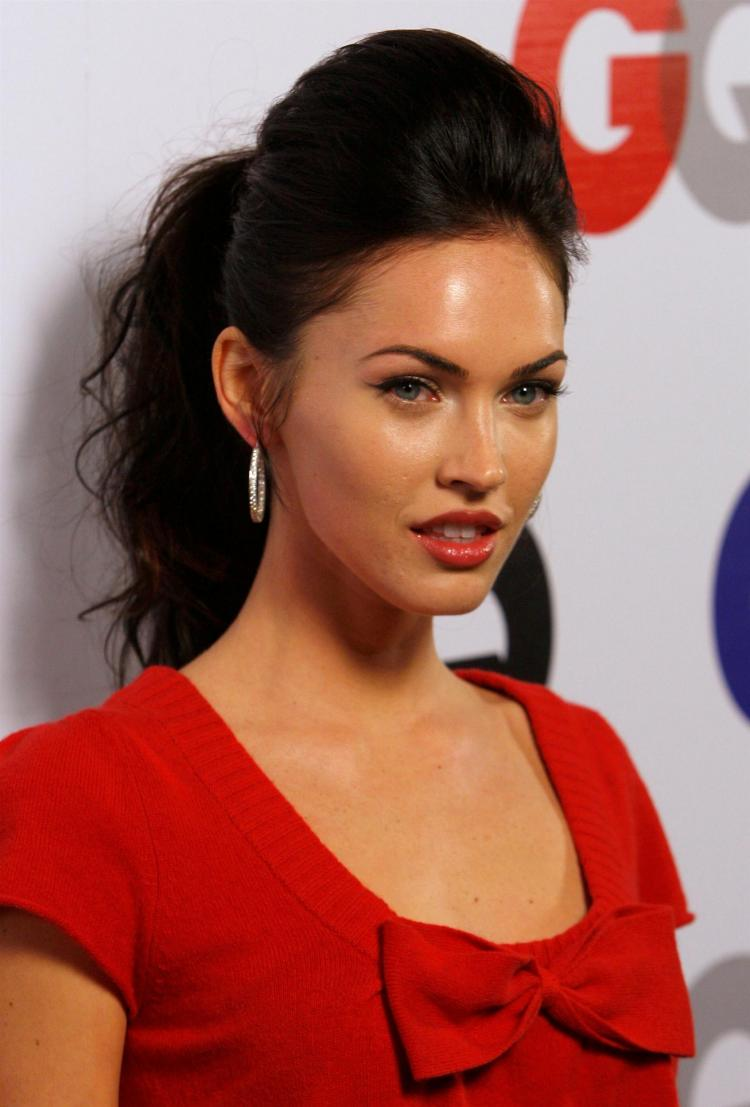 Megan Fox Hairstyles Haircuts And Hairstyles For 2017 Hair Colors