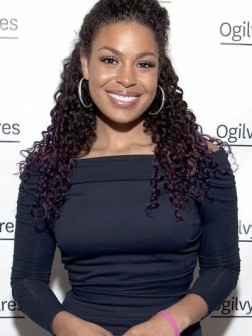Jordin-Sparks-tight-curls-hairstyle-2