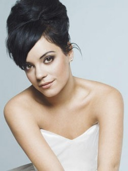 Lily Allen updo hair style
