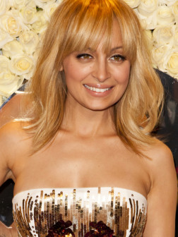 2014 Nicole_Richie_beige_blonde_hair_color